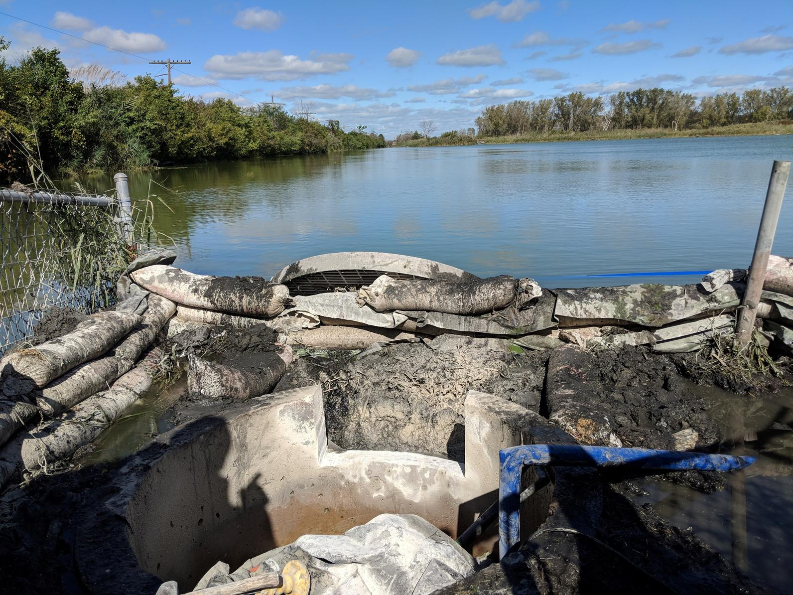 Water control structure at Indian Ridge Marsh